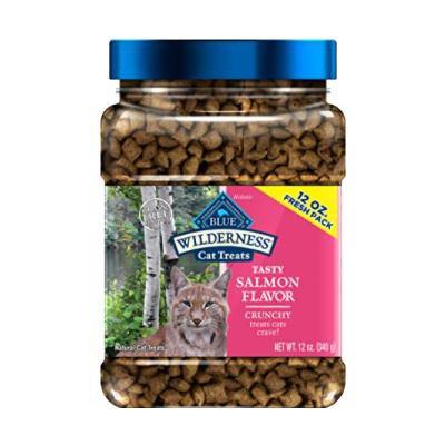 blue-buffalo-wilderness-salmon-formula-crunchy-grain-free-cat-treats