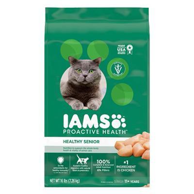 iams-proactive-health-healthy-senior-with-chicken