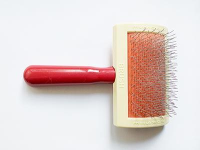 slicker-brushes