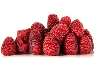 dog-eat-raspberries