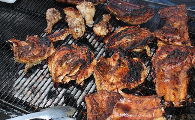 making-grilled-chicken-for-your-dog