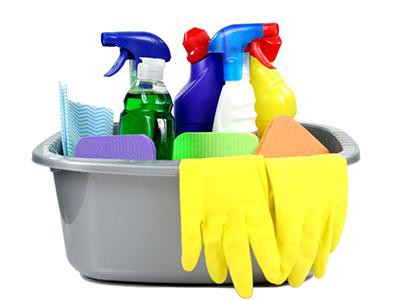 cleaning-products-and-chlorine